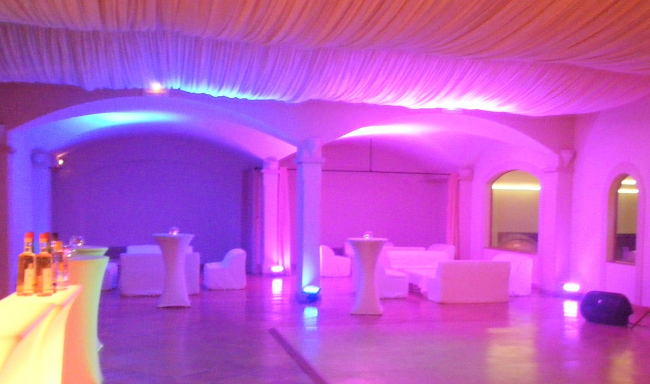 Ballrooms / Wedding party / Conference Room Ambient Uplighting on the French Riviera