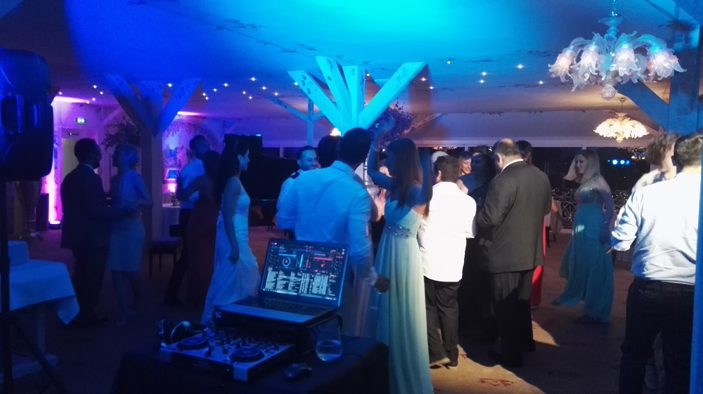 DJ Services - Cannes - St Tropez - Monaco - Nice - French Riviera & beyond
