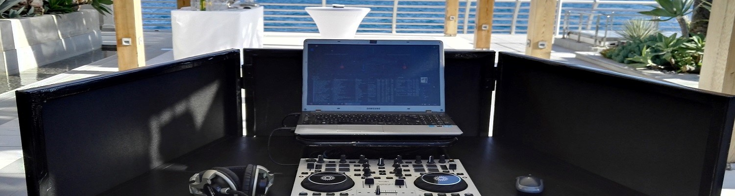 Mobile French Riviera English DJ Simon Hale - Available for yuour marriage party or corporate celebration - St-Tropez, Cannes, Monaco / Monte-Carlo - French Riviera