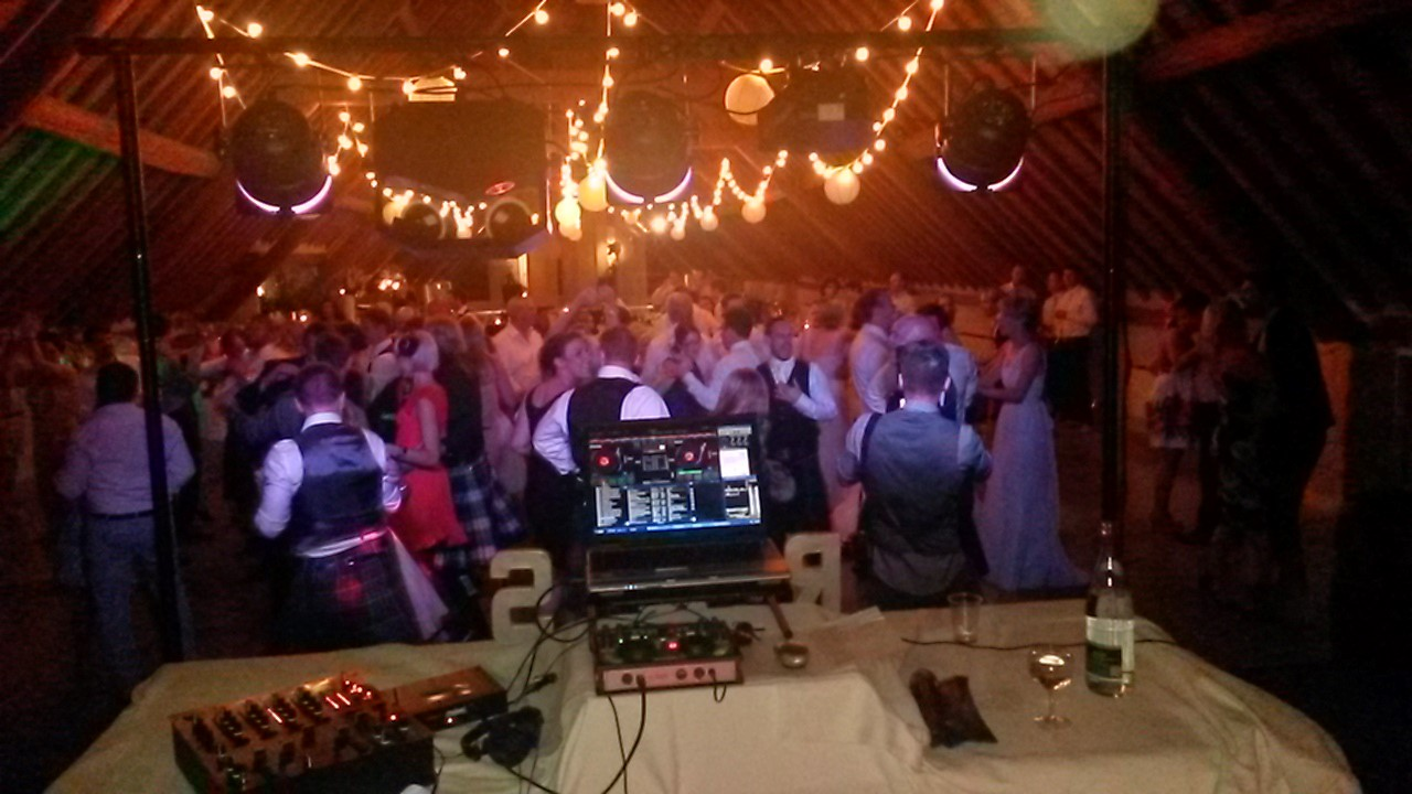 DJ Entertainment for weddings and private parties